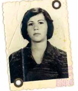 Mama schlägt sich in den ersten Jahren in Österreich mit diversen Jobs durch: Tellerwäscherin, Köchin, Haushaltsgehilfin.