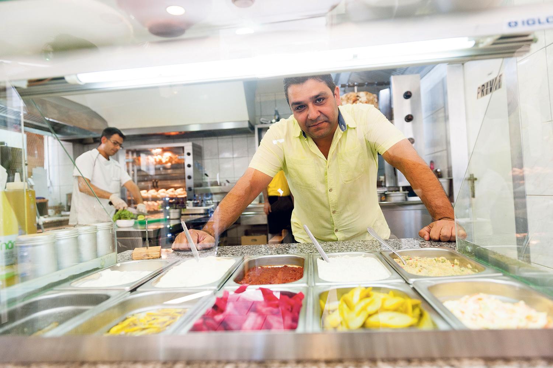 Hum Yum Chef Alhassan plant schon weitere Standorte. Foto: Christoph Liebentritt