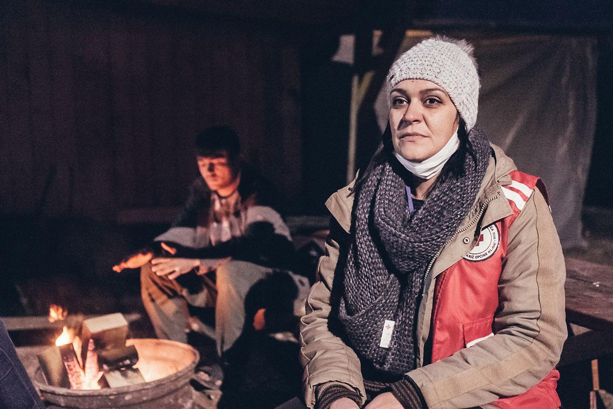 Sanela war selbst mal Flüchtlingskind in der Schweiz. Heute hilft sie anderen Geflüchteten.