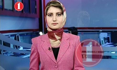Tanya Kayhan, Moderatorin