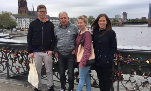 Familie, Brücke, Alleinerzieher
