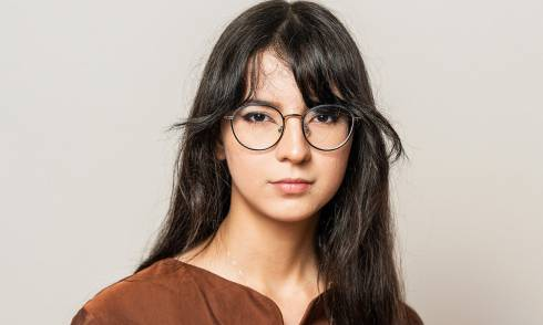 Alina Rachimova hinterfragt Schönheitsideale