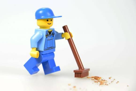 Lego Männchen; Putzen